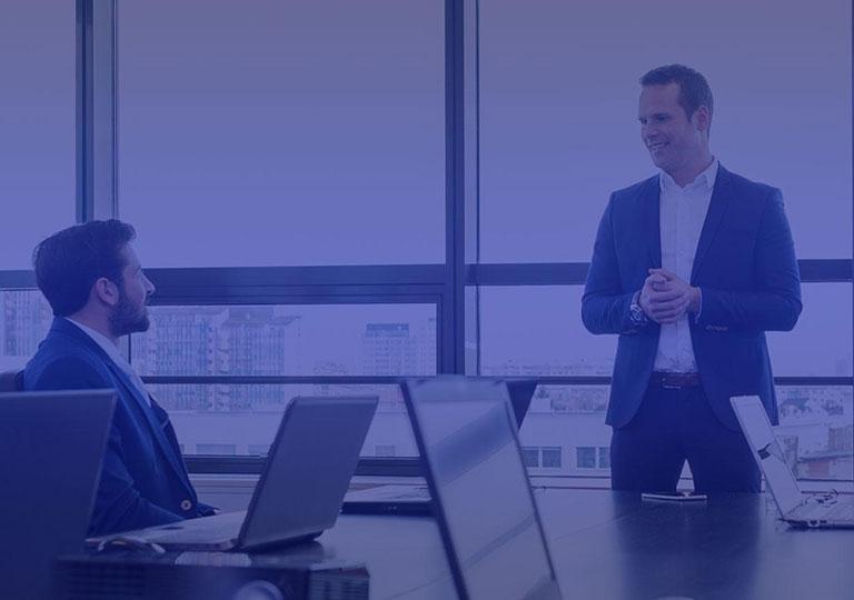 Онлайн-коучинг-для-руководителей---Управление-мотивацией-и-развитие-приверженности
